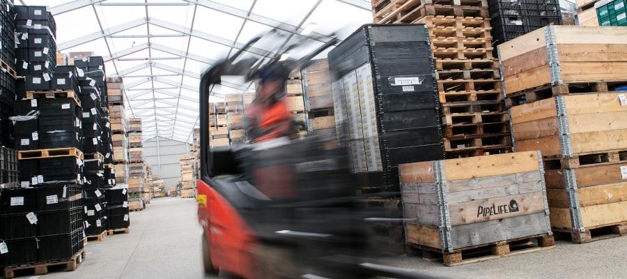 Internal photo of the Spaciotempo warehouse at Husqvarna.