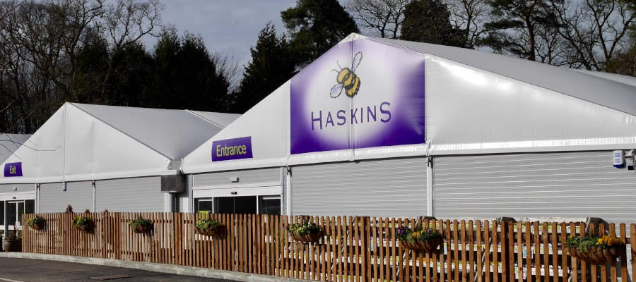 An external picture of the temporary Haskins Garden Centre in East Grinstead.