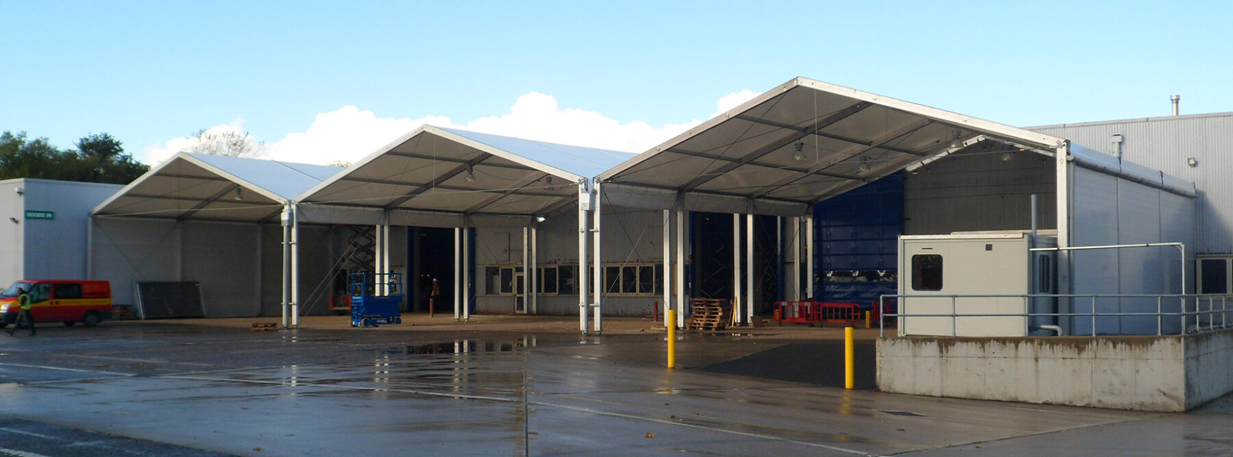 loading canopy for industry